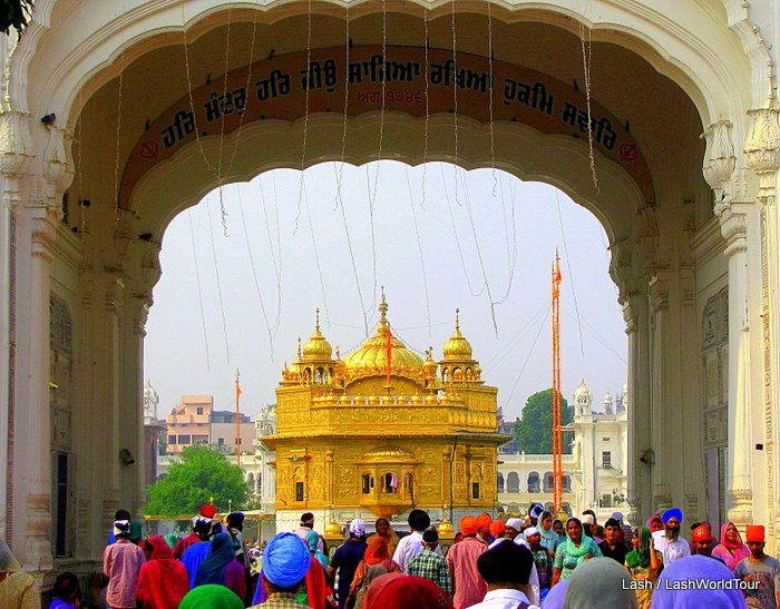 My Visitors Guide to the Golden Temple of Amritsar, India